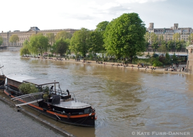 5a Sunday Evening on the Banks of the Seine
