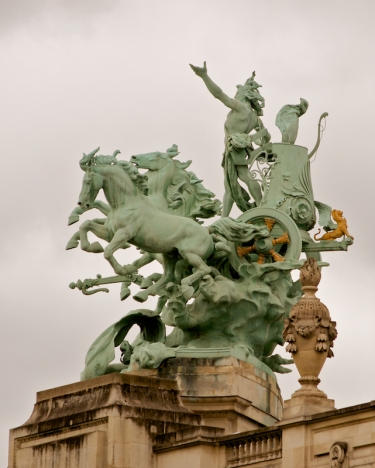 Grand Palais Roof Statue 1