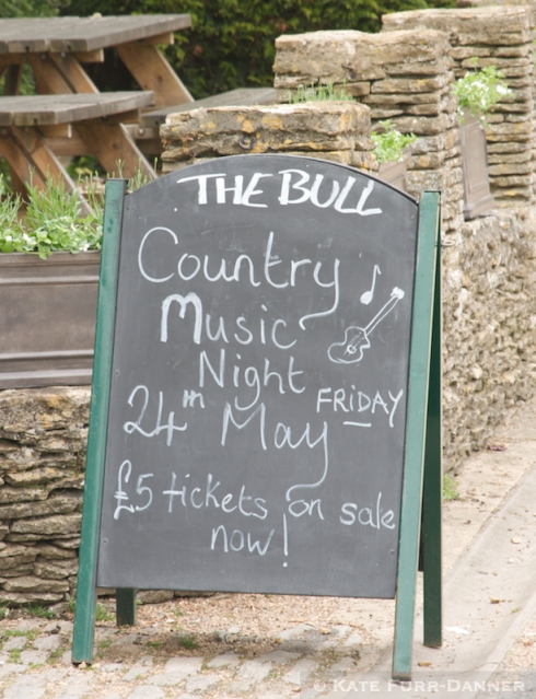 The Bull Hotel Country Music